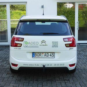 Heck Rückseite Fahrzeugbeschriftung Adeo IT-GmbH Werbetechnik Firmenfahrzeug