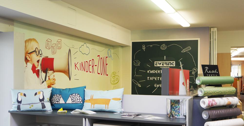 Individuelle Fototapete Kinderspielecke Ewering Raumdesign Fachmarkt Nachher